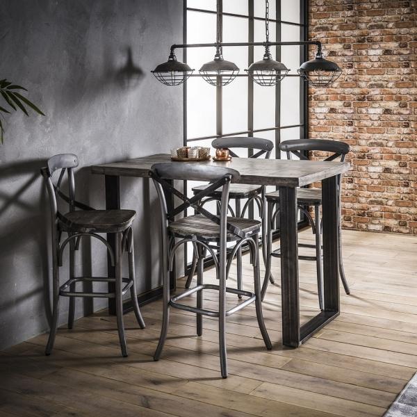 Horeca-barkruk-houten-zitting-bartafel