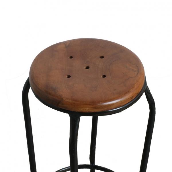 Metalen-kruk-houten-zitting-stoer